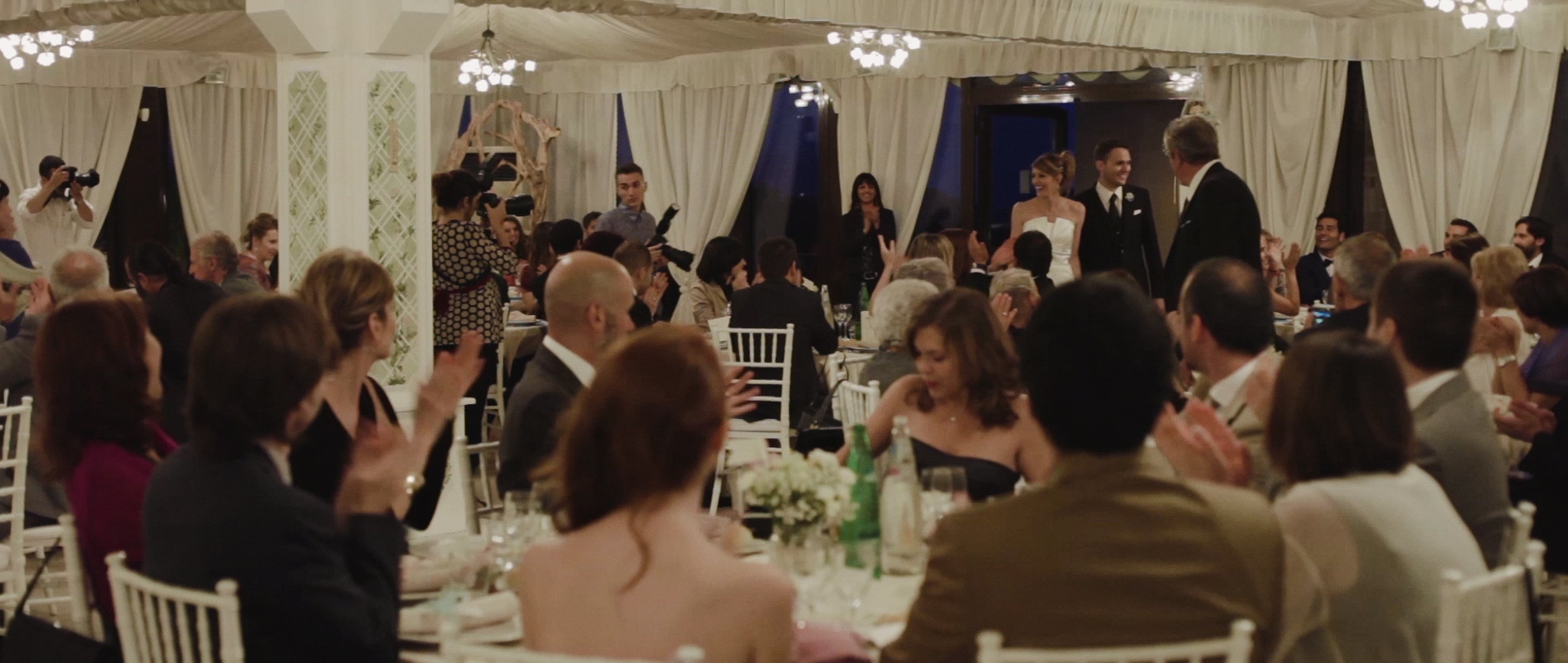 Frederic & Valentina | Trailer (Eng) 8