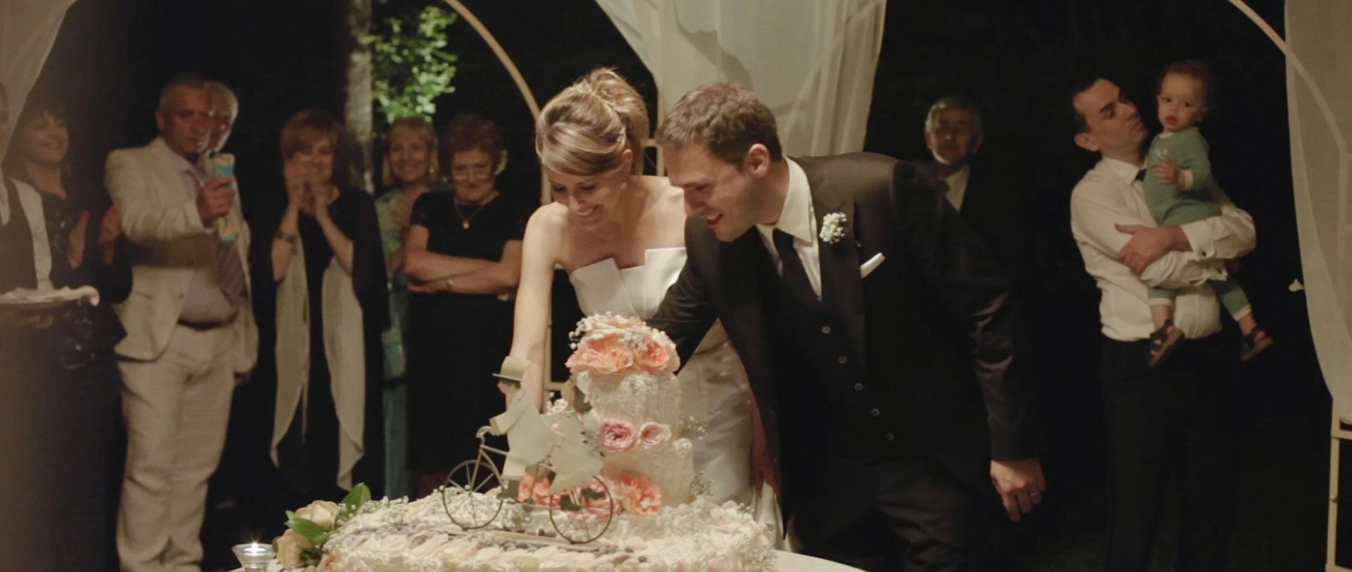 Frederic & Valentina | Trailer (Eng) 5