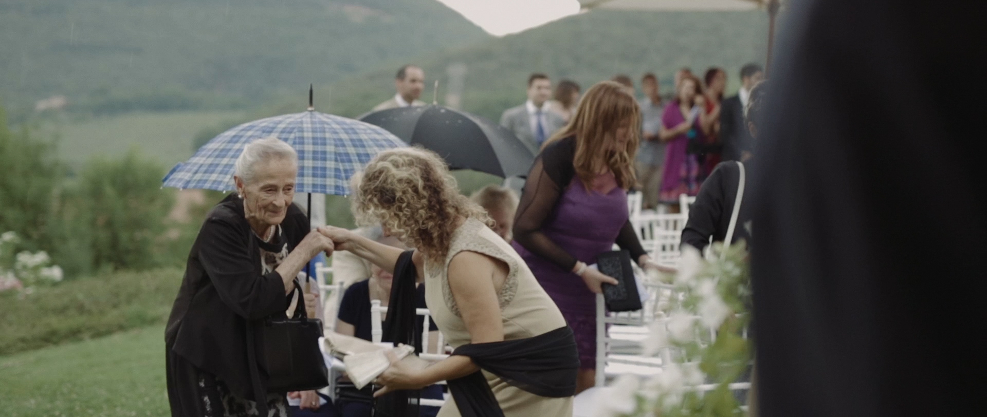 Frederic & Valentina | Trailer (Eng) 13