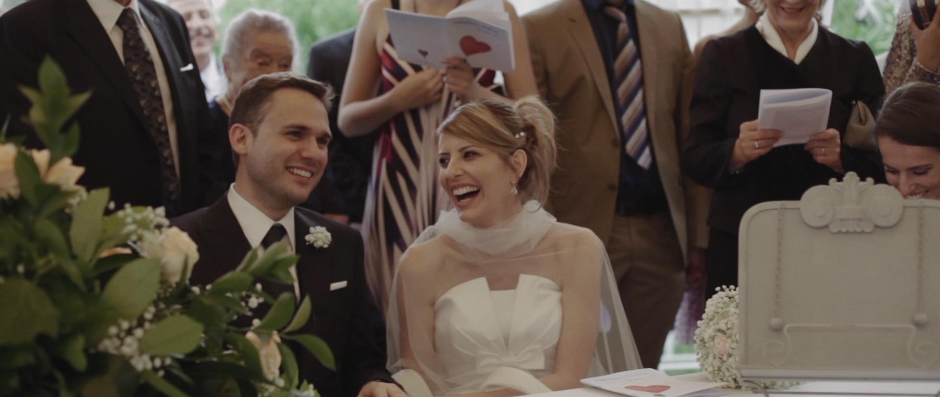 Frederic & Valentina | Trailer (Eng) 12