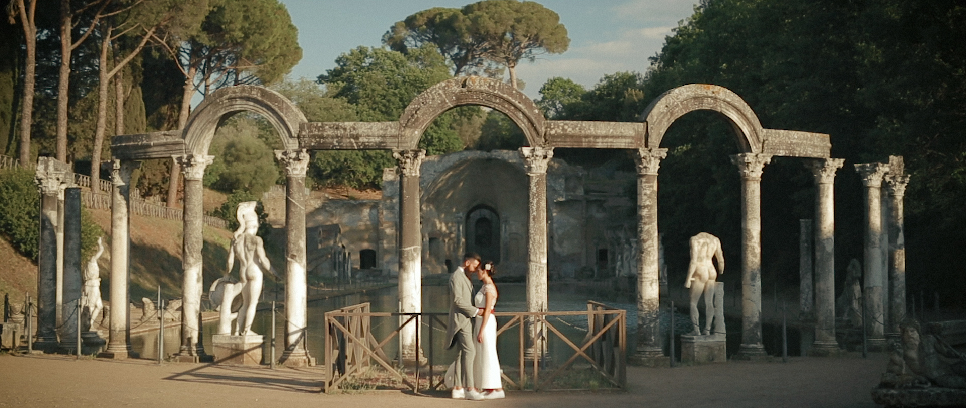 Intimate wedding video in rome 8