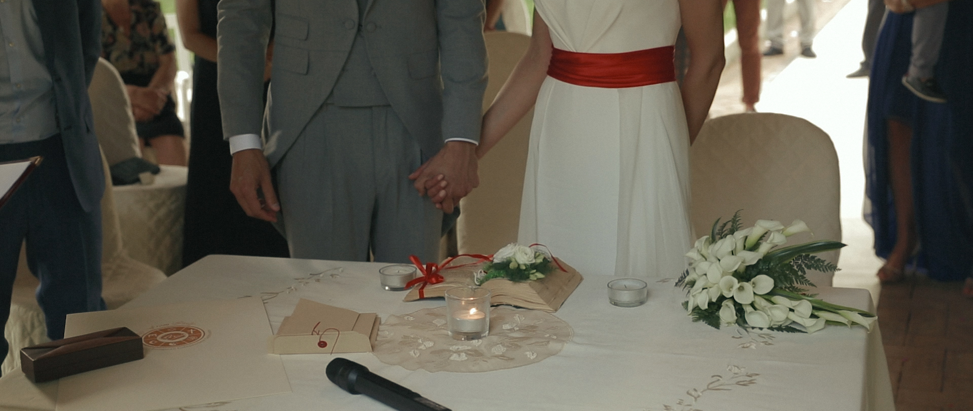 Intimate wedding video in rome 6