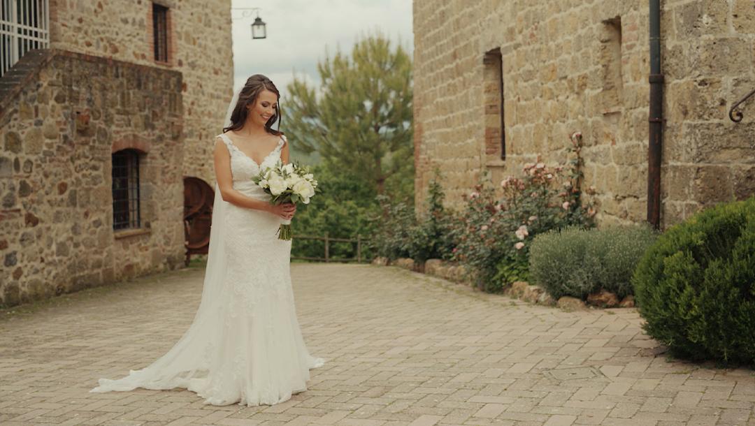 Tuscany-wedding-videographer-3-Bride-2 19. Voglio vivere così! | Trailer
